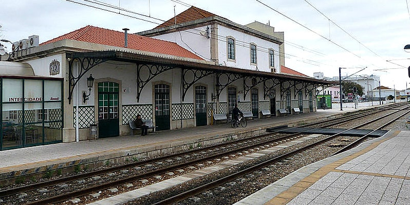 Faro Central Station